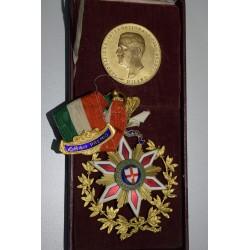 Set Medalla+Condecoracion Italia 1912