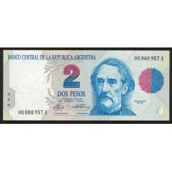 B3011 2 Pesos A 1992 Numeracion Baja UNC