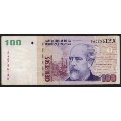 B3705 100 Pesos A 2001 MB