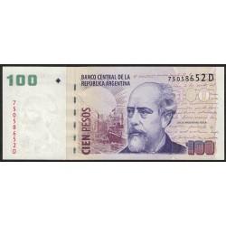 B3718 100 Pesos D 2005 UNC