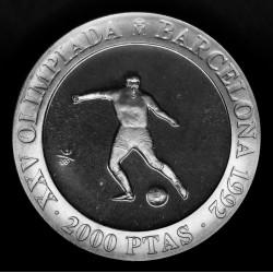 España 2000 Pesetas 1990 KM862 Olimpiadas Barcelona 92 Futbol Ag Proof UNC